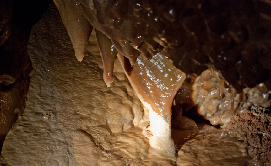 Jewel Cave Delecate Formations